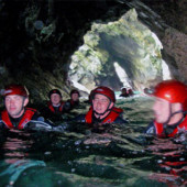 coasteering_cave_02_th